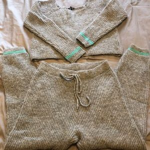 Fashion Nova sweater outfit
